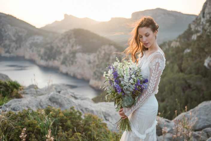 Boho inspired sunrise shoot Mallorca