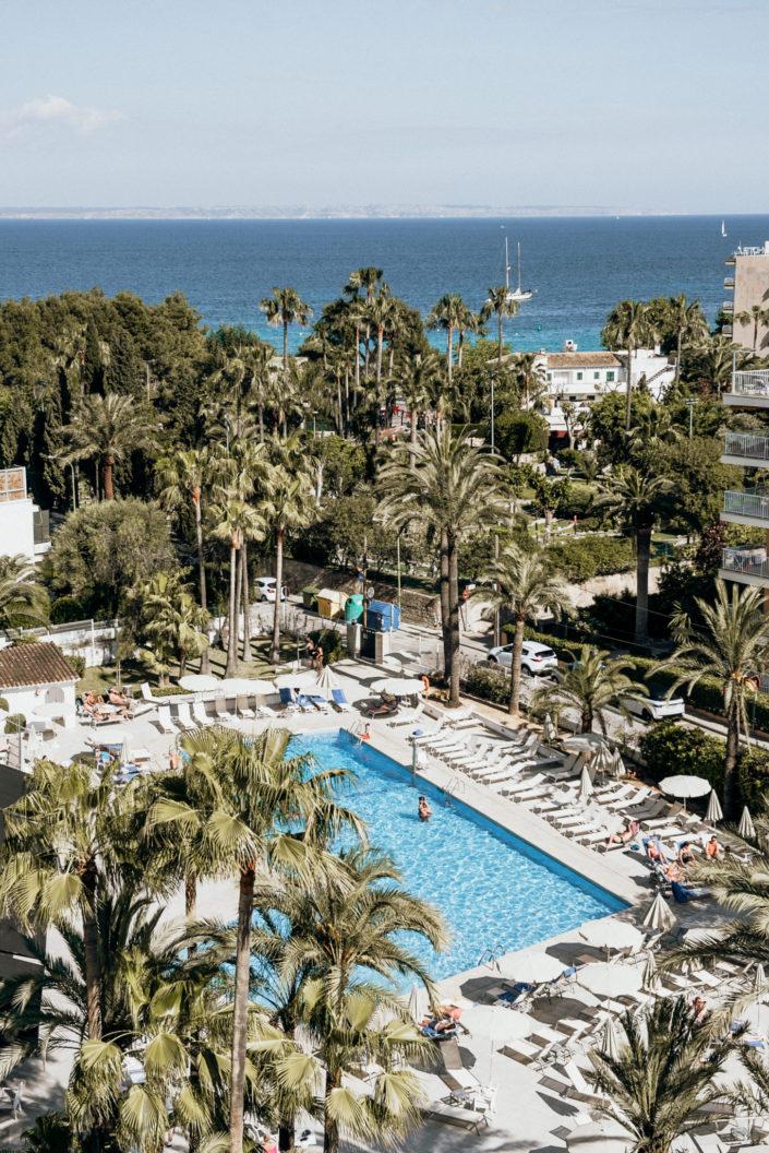 Destination beach wedding Mallorca