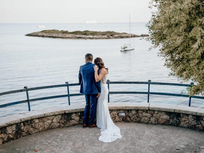 Kate & Wesley beach wedding
